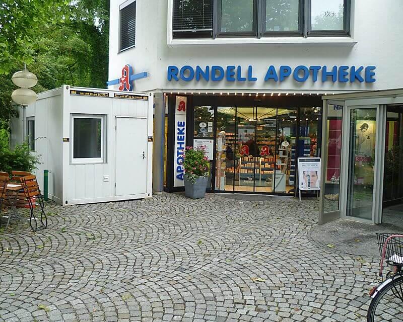 aufenthaltscontainer-vor-apotheke