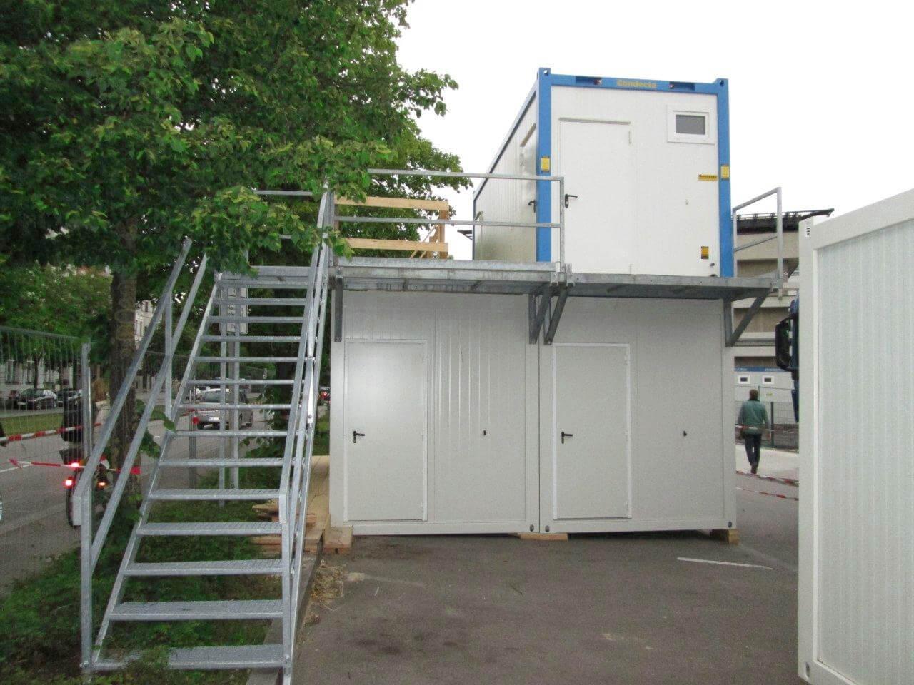 treppencontainer-muenchen-baucontainer-treppen